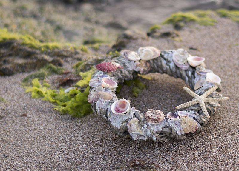 Морски венец с мидички